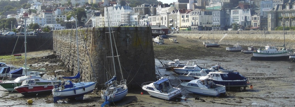 The Channel Islands – Jersey, Guernsey, Alderney, Sark: Island by island