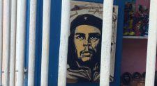 El Che behing bars?