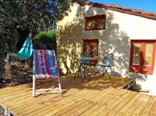 The gîte terrace, made of recycled wood