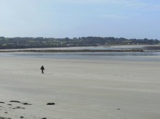 Guernsey – A walk on an eastern beach