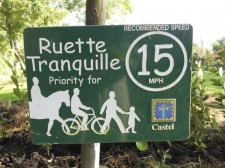 "Guernsey – A ""Ruette Tranquille"", a little road to walk or bike"