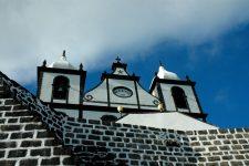 The São Sebastião de Calheta de Nesquim church, typically black and white